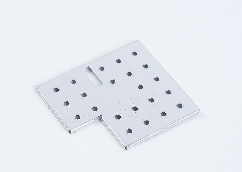 防干扰金属屏蔽罩产品