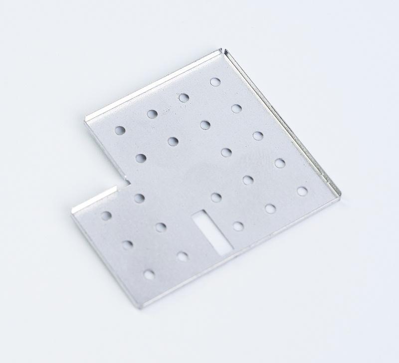 防干扰金属屏蔽罩产品3