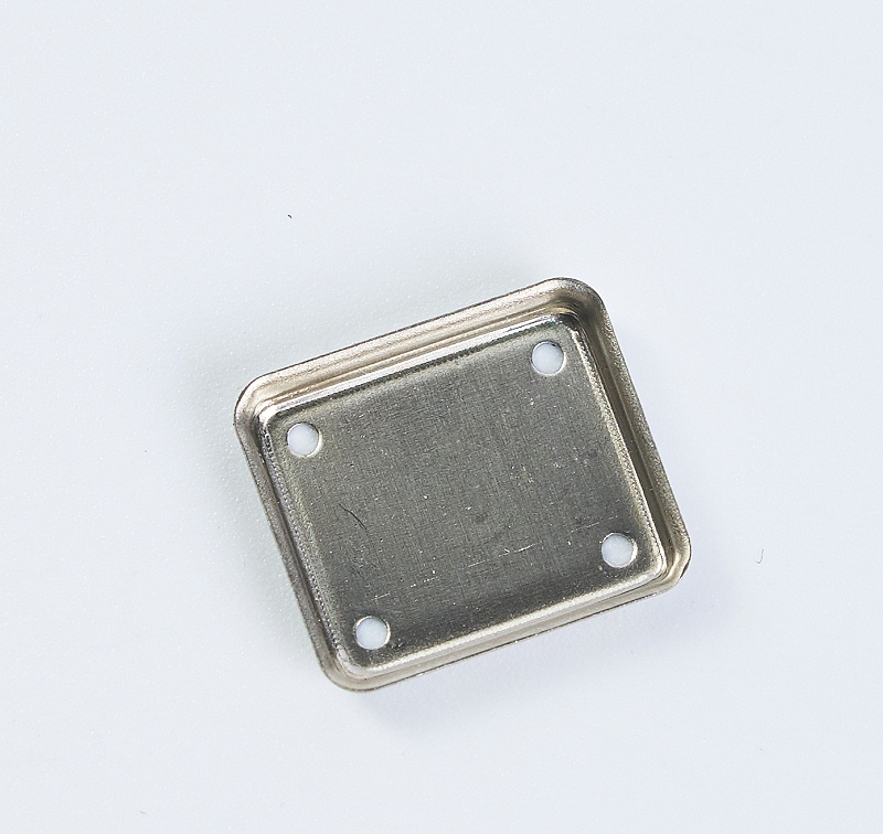 金属屏蔽罩冲压产品1