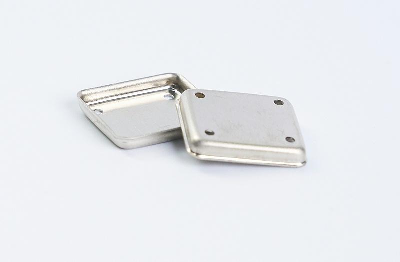 金属屏蔽罩冲压产品2
