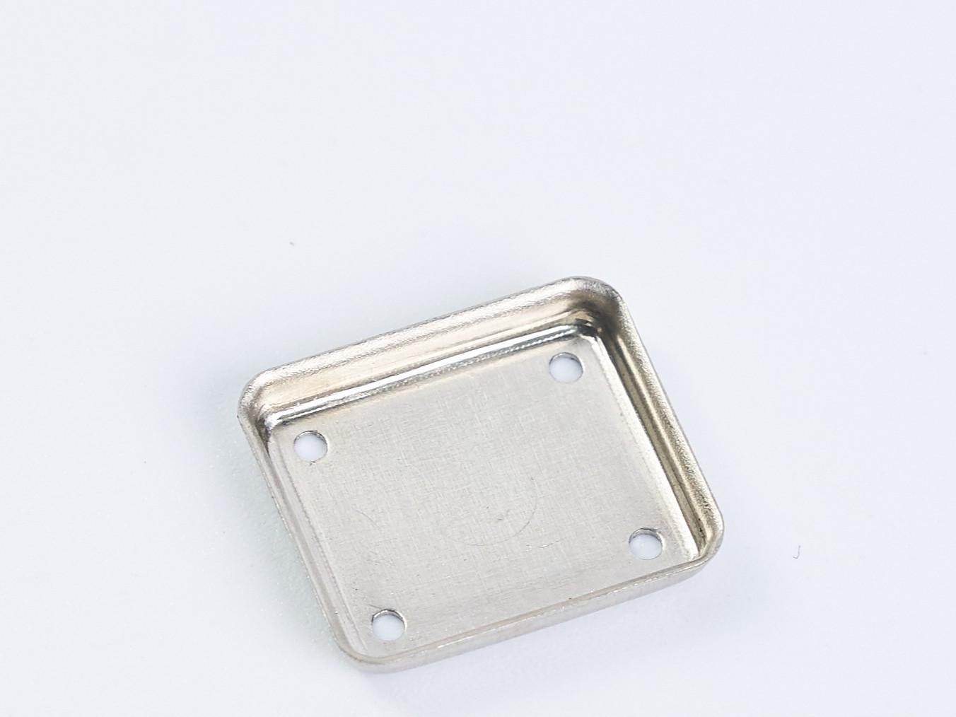 金属屏蔽罩冲压-2100万次/月-力达精工